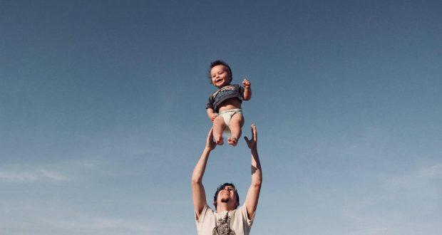 Otcovská dovolená 2020: Jaká je její délka a výše?